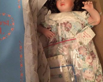 Knowles porcelain doll stephie  1991 Edwin M Knowles by Jan Goodyear Me And My Blankie Porcelain Doll