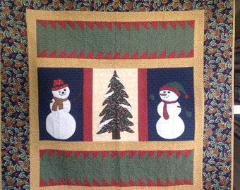 Snowman and tree quilted wall hanging