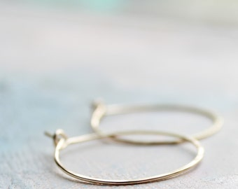 "Small Gold Hoop Earrings, 1"" thin hoop earrings, gold hoops, minimalist earrings,  thin gold hoops, gold earrings"
