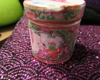 Antique Rose Medallion Miniature Chinese Porcelain Trinket Jar