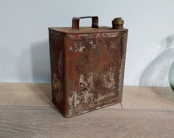 Rusty industrial patina metal oil can vintage automotive midcentury metal patina Weathered metal oil can rust because weathered