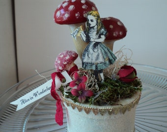 Alice in Wonderland with giant toadstools gift box