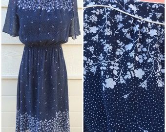 Pretty navy blue with white speckle floral print boatneck 70s day dress size medium