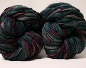Thick and Thin Hand Spun Merino Wool Yarn Bulky Wool Slub  Hand Dyed tts(tm) Self-Striping xxLR1703
