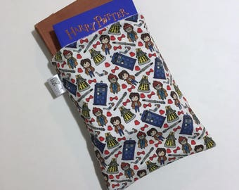 Doctor Who book sleeve - TARDIS book sleeve - cute book sleeve - travel book sleeve - book accessory - book protector - book case