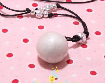 Pearly white pregnancy's Bola