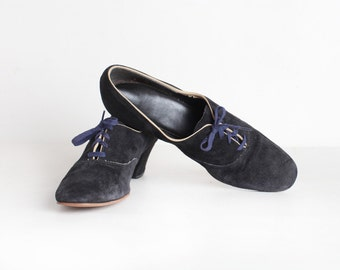 Women's Vintage Size 7N Women's Lace Up Heeled Oxfords