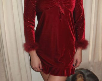 90s Red Sweetheart Dress