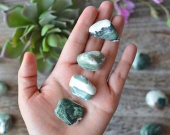 Green Sardonyx Tumble Stone