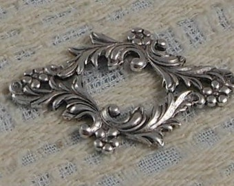 LuxeOrnaments Antique Silver Victorian Filigree Floral Focal Frame (Qty 1) G-6196-S