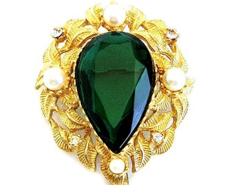 Weiss Emerald Green Glass and Pearl Brooch Pendant