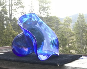 Hand Blown Glass Cobalt Bonnet Bowl