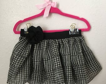 Houndstooth print bubble skirt