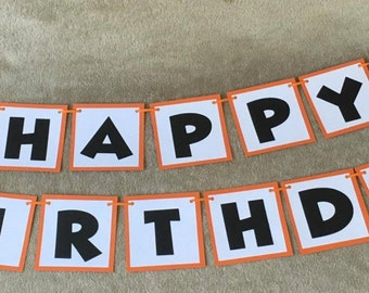 Basketball Happy Birthday Banner. Can be personalized with name/age. Great for Birthday Parties. Free Shipping!