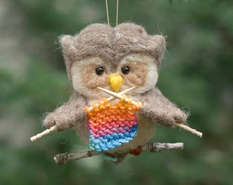 Needle Felted Owl Ornament - Knitting Rainbow