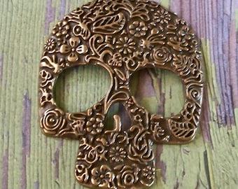 Large Bronze Antiqued Gold Pewter Metal Ornate Skull Pendant
