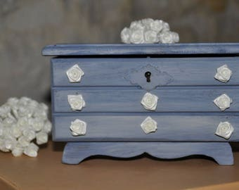 Small vintage Dresser shaped jewelry box