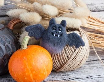 Bat Brooch - Halloween jewelry - needle felted brooch - Hand Felted Brooch - animal brooch - Grey pin - Unique gift - Autumn gift