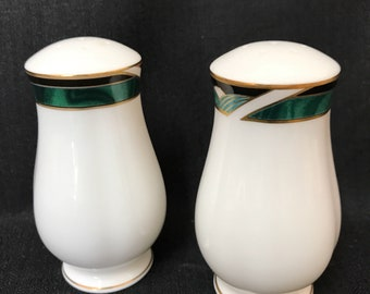 Vintage Lenox China Salt and Pepper Shakers Lenox Kelly Pattern Excellent Condition