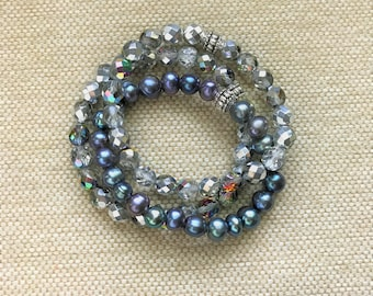 Crystals and Freshwater Pearls Stretch Bracelet