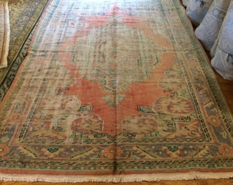Turkish rug vintage 6.5 x 9.4 Very rare old in great condition