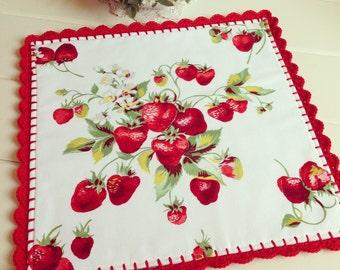 vintage Wilendur strawberry table topper