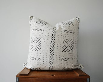 THE SAN PEDRO 20x20 African Mud Cloth Pillow Cover