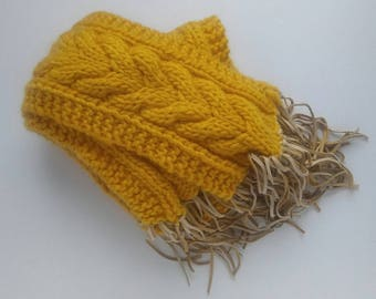 Knitted Cable Stitched Scarf (Mustard)