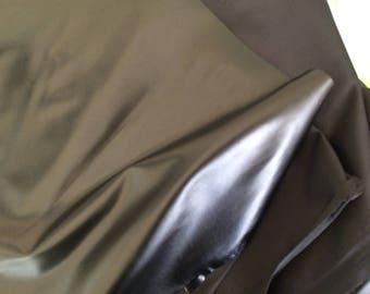 Fabrics in 145 cm wide black leather