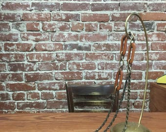 """Vintage Seventies 1970s Wood and Brass Chain Link Belt. 26"""" to 36"""" waist"""