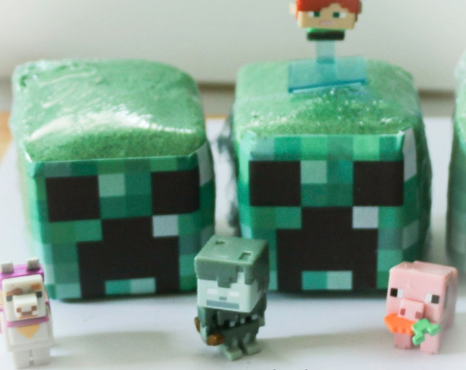Five Little Dips Mine Craft Inspired Surprise Inside, Foaming, Fizzing  Bath Bomb Cubes