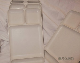 6 Tupperware 4 Compartment Divided Trays Set 6