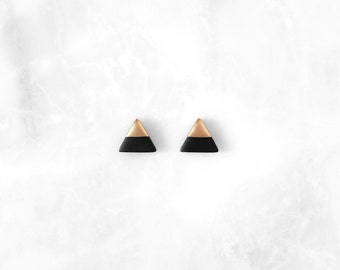 BLACK & ROSE GOLD Dipped Triangle Stud Earrings / Simple Everyday Modern Studs,gold dipped earrings,gift idea,dipped jewelry by Amoorella