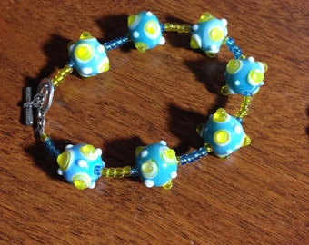 "Lamp work Beaded Bracelet ""Magic Missile"""