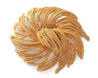 Dimensional Textured Brooch Gold Tone Fringe Flower Pinwheel Look Vintage