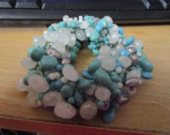 """vintage bead bangle with masses of beads 6""""+stretch turquoise/white/silver plastic"""