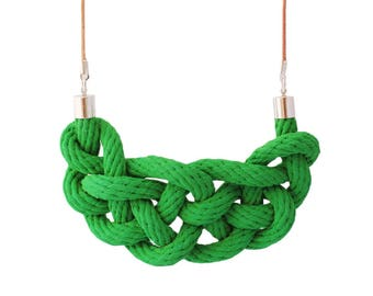 Celtic knot necklace in emerald
