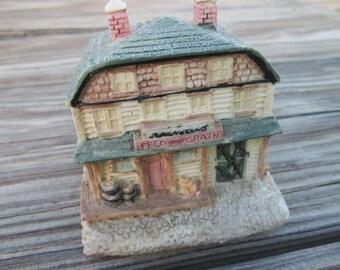 Liberty Falls Swanson's Feed & Grain AH41 collectible figurine