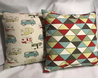 Cute Reversible Vintage Camper Themed Pillow Cover........with Coordinating Fabric .....Invisible Zipper....New