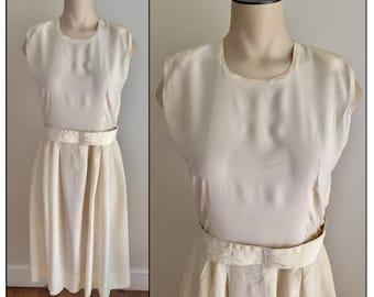 Vintage 1920s Sheer Ivory Crepe Sleveess Dress XS 0 2