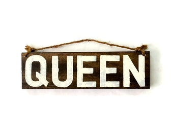 Queen Wood Sign / Wall Art / Wall Decor / Gifts for Him / Gifts for Her / Bohemian Wood Sign / Boho Decor / Gift Ideas
