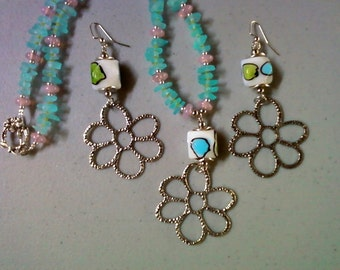 Aqua, Pink and Green Flower Necklace and Earrings (1306)