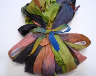 10YD. FORBIDDEN FOREST Sari Silk Bundle//Dyed Silk Sari Ribbon Bundle//Sari Tassels,Sari Wall Decor,Sari Fiber Jewelry,Sari Tapestry