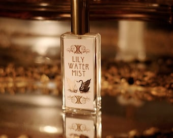 new! LILY WATER MIST ~ Lotus, Cypriol, Nutmeg, Moss & Violet Leaf by theater potion