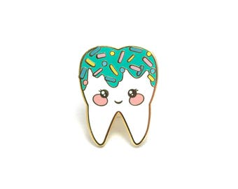 Mint Sweet Tooth Enamel Pin - Hard Enamel Pin Cloisonné Tooth Lapel Pin Enamel Tooth Pin Badge Tooth Kawaii Pin Wisdom Tooth Dentist Brooch