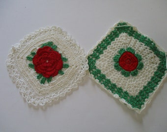 Vintage Crochet Roses Pot Holders-Set of 2-Red and Green