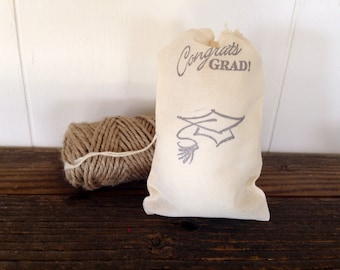 Graduation Favor Bag Grad Muslin Bag Gift Party Favor Grad Cap Class of 2017 Graduate Jewelry Soap Bag