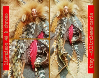 Pendant tribal leather feathers natural