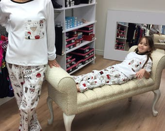 same MOM Poule123 pajamas