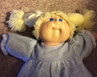 Vintage 1978, 1982 Cabbage Patch Kids Girl Doll Coleco